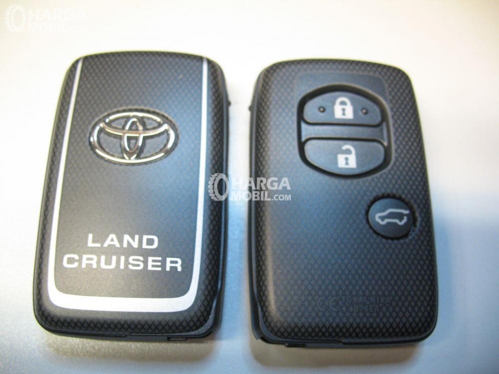 Smart key mobil Toyota Land Cruiser 2017