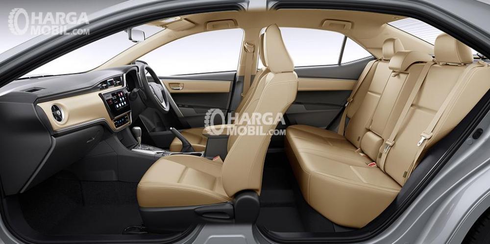 Gambar bagian kabin mobil Toyota Corolla Altis facelift 2017 berwarna coklat