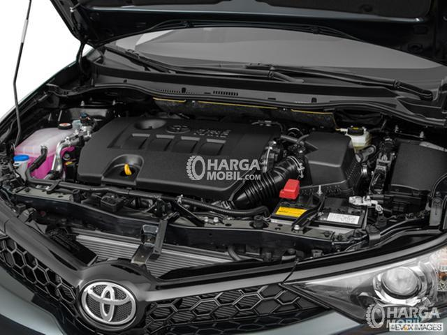 Gambar bagian mesin mobil Toyota Corolla Altis Facelift 2017 berwarna hitam