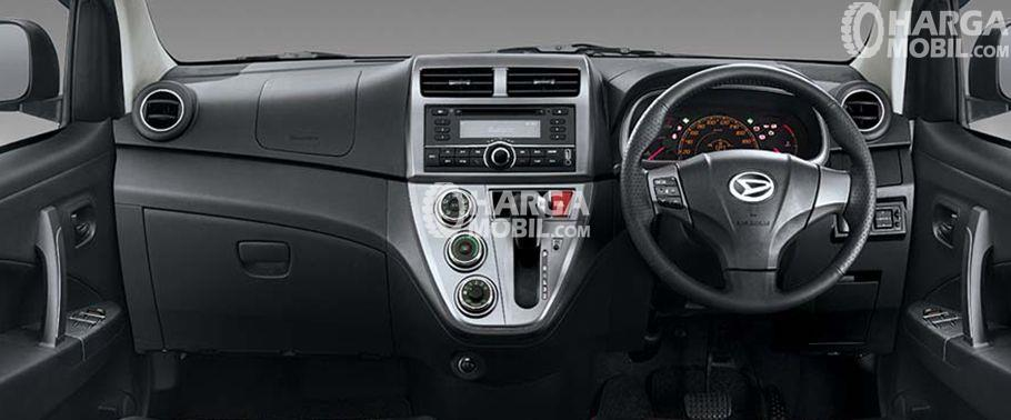 gambar bagian interior Daihatsu Sirion 2017 dengan kelengkapan fitur misalnya setir, dashboard