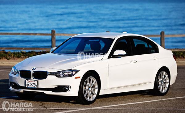 BMW 320I 2016 >> Bmw 320i 2016 Indonesia Spesifikasi Dan Review Lengkap