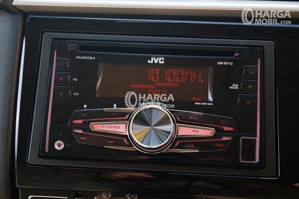 Gambar bagian dashboard mobil Honda Brio Satya 2016