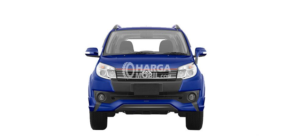 Gambar mobil Toyota Rush 2016 berwarna biru dilihat dari bagian depan