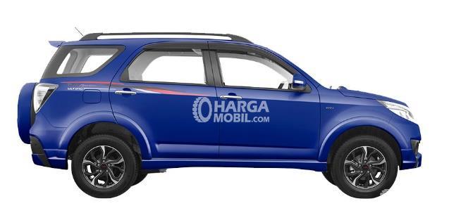 Gambar bagian samping mobil Toyota Rush 2016 berwarna biru