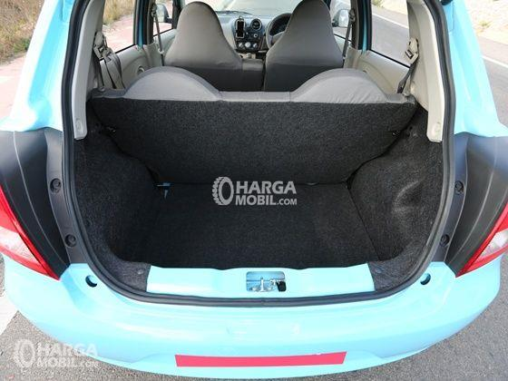 Gambar ruang bagasi mobil Datsun Go Panca 2015