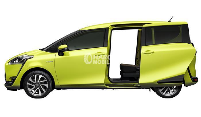 Gambar mobil Toyota Sienta 2016 berwarna kuning dengan fitur sliding door