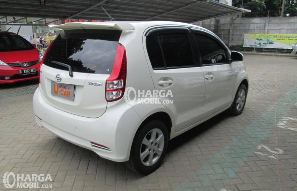 Spesifikasi Daihatsu Sirion 2012