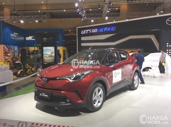 Pameran Iims 2018 Toyota Boyong All New C Hr Goda Pengunjung Bersama Belasan Model Lain