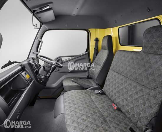 gambar suasana interior mitsubishi colt diesel limited edition 2017