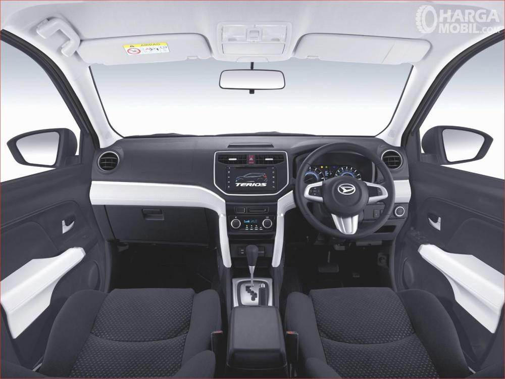 Dashboard Daihatsu All New Terios 2018 Dengan Advance Audio System