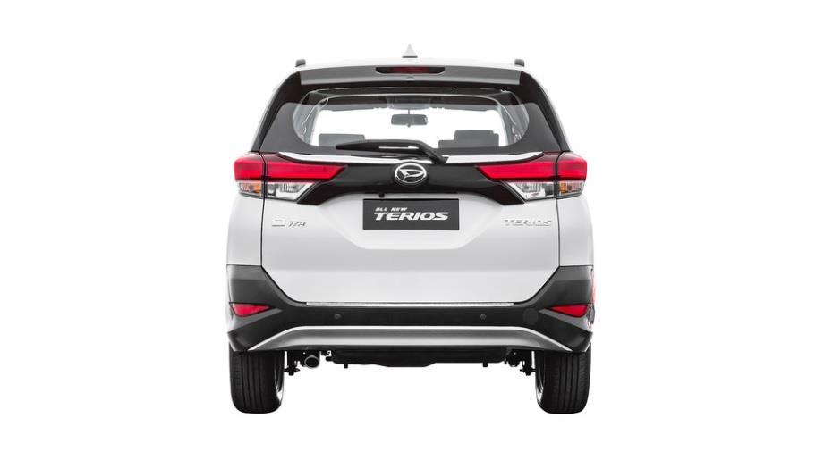 Pada Bagian Belakang Daihatsu All New Terios 2018 Terdapat Silver Skid Plate