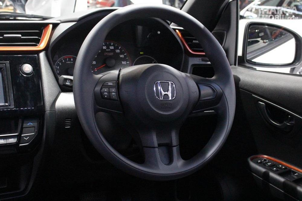 bagian setir Honda Brio RS 2018 dengan audio steering switch