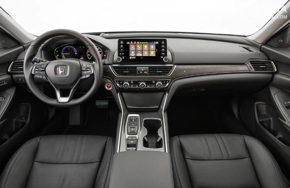 Honda Accord Hybrid 2018 Memiliki Dashboard Berkualitas Soft Touch
