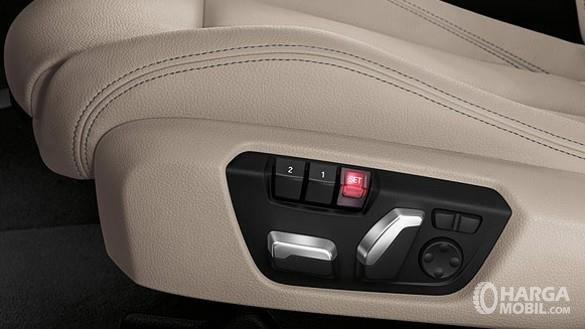 BMW 320i 2018 Sangat Nyaman Dikendarai Tanpa Jasa Pengemudi