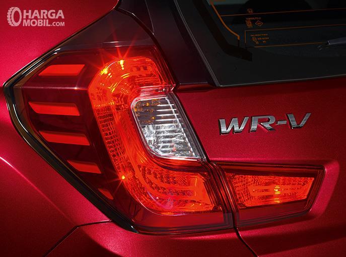 Eksterior belakang Honda WRV 2019 menghadirkan lampu yang didesain cukup stylish