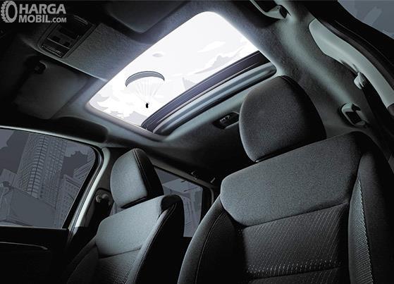 Fitur hiburan Honda WRV 2019 andalkan fitur Electric Skyroof yang mampu memberikan pemandangan alam secara langsung bagi penumpang