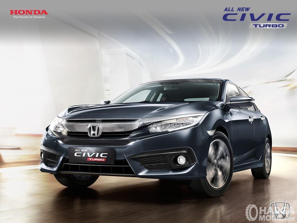 Honda Civic bukan hanya menghadirkan varian sedan namun juga Hatchback
