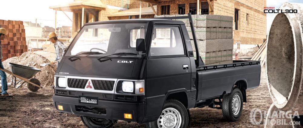 Mitsubishi Colt L300 merupakan salah satu produk legendaris yang hingga kini masih dipercaya untuk menemani bisnis masyarakat Indonesia