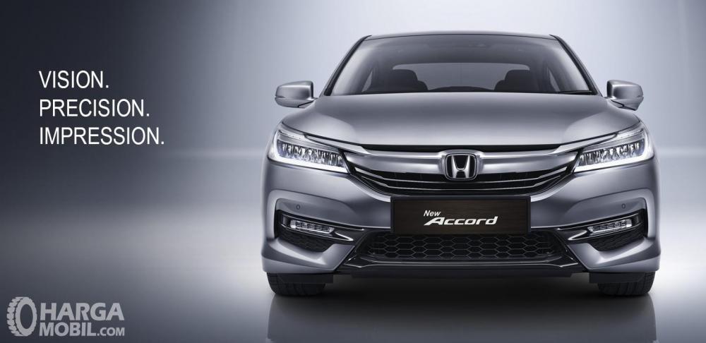 Honda Accord masih banyak diminati oleh para eksekutif muda karena desainnya yang elegan