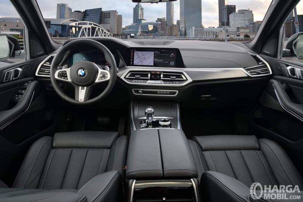 Foto interior BMW X5 2018 mewah