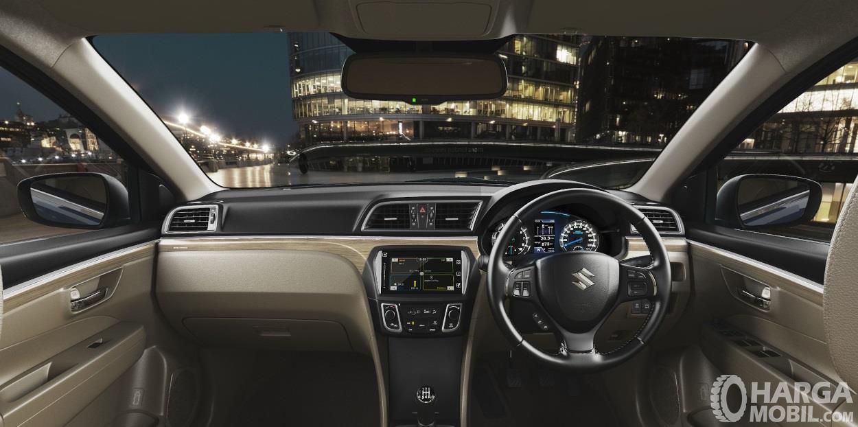 Dashboard Suzuki Ciaz 2019 sudah dilengkapi dengan fitur berkelas