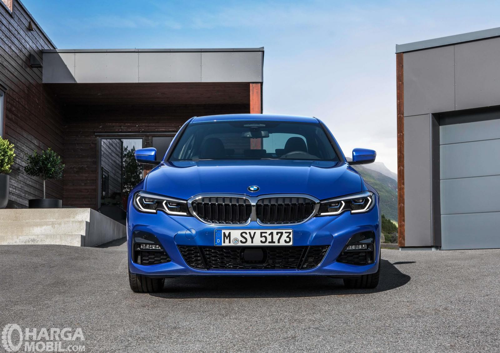 Series Sedan >> Review Bmw 3 Series 2019 Jawaban Mobil Sedan Sport Dari Bmw