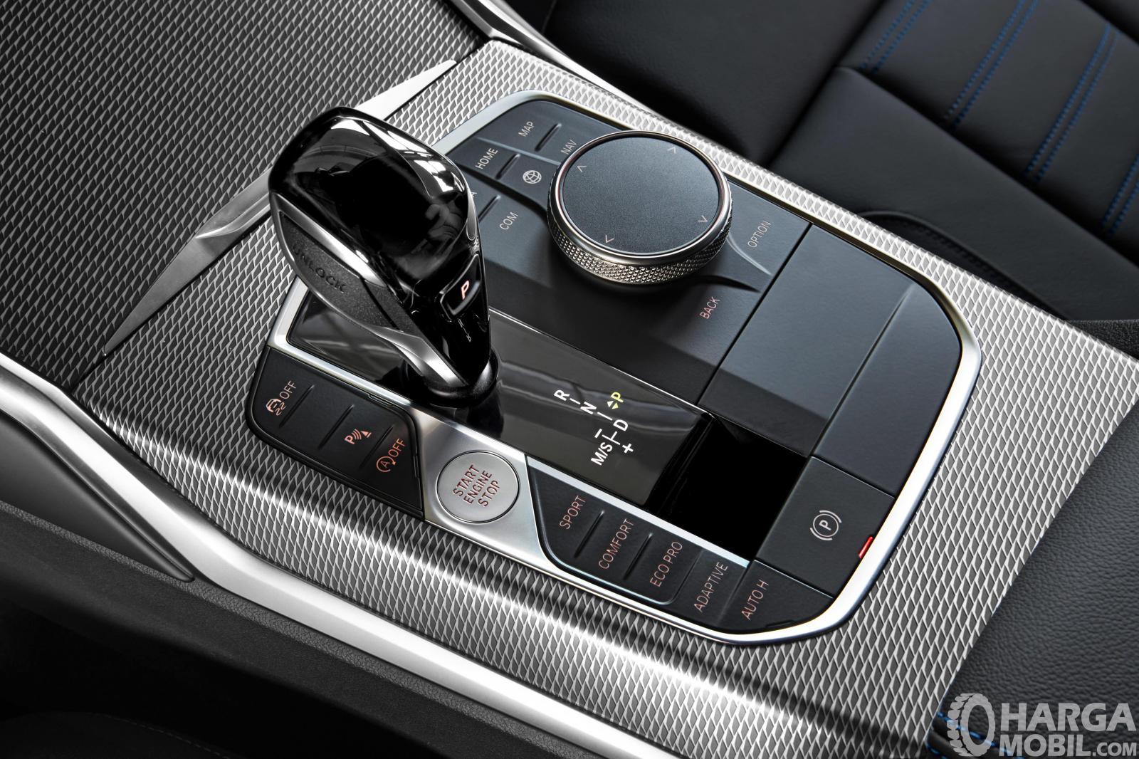 Foto tuas transmisi BMW 3 Series 2019