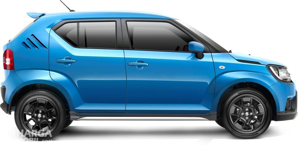 Eksterior samping Suzuki Ignis Sport 2018 menerapkan ukuran ban 15 inci