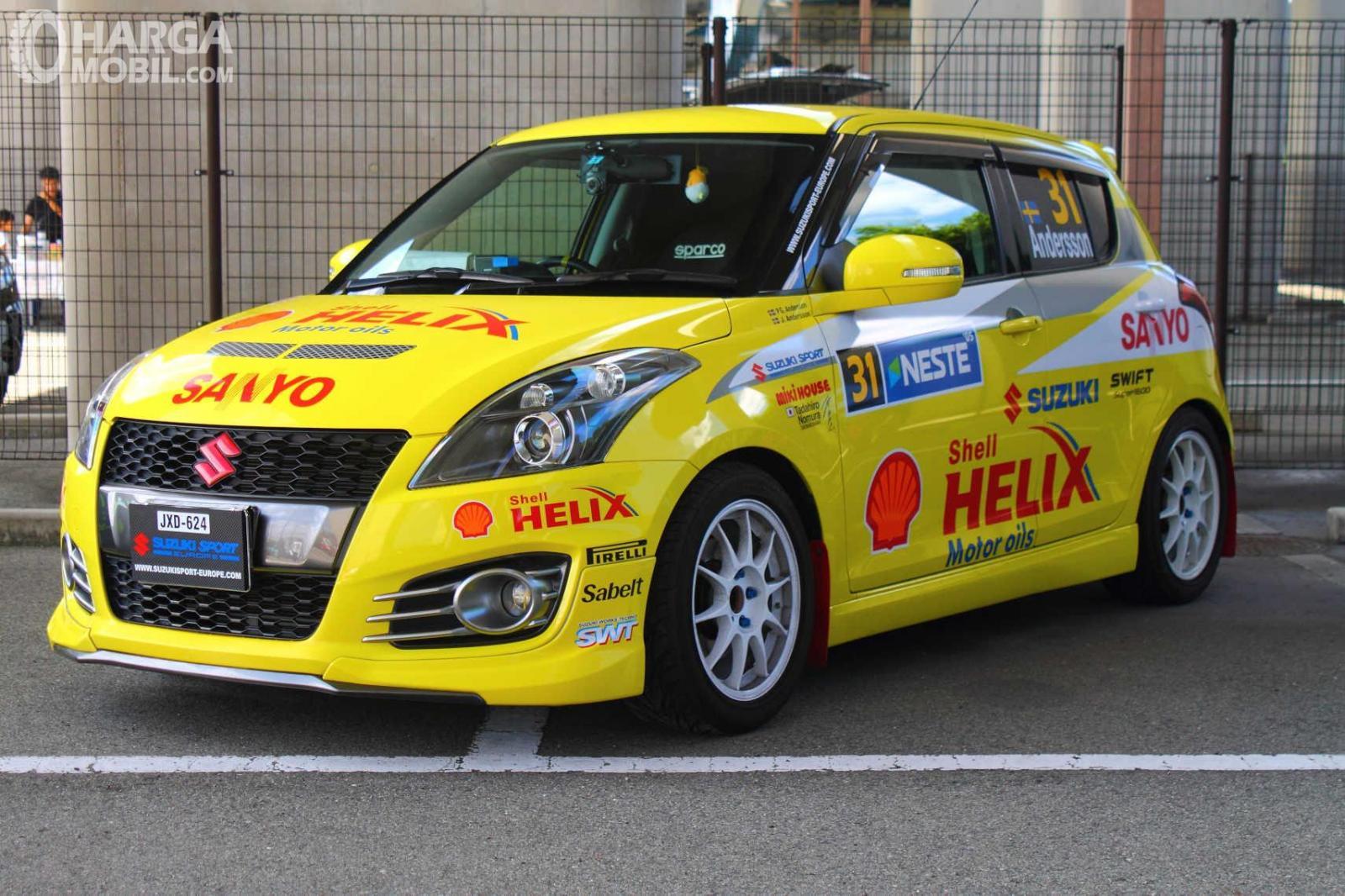 Generasi pertama Suzuki Ignis terlihat mengikuti World Rally di tahun 2002 silam