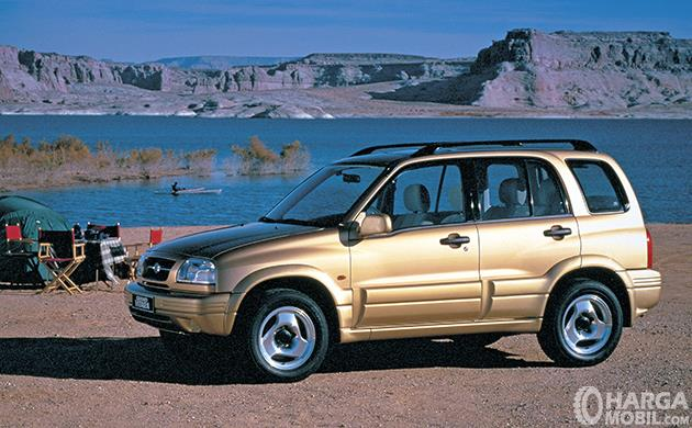 Generasi kedua Suzuki Vitara dirilis di tahun 1998