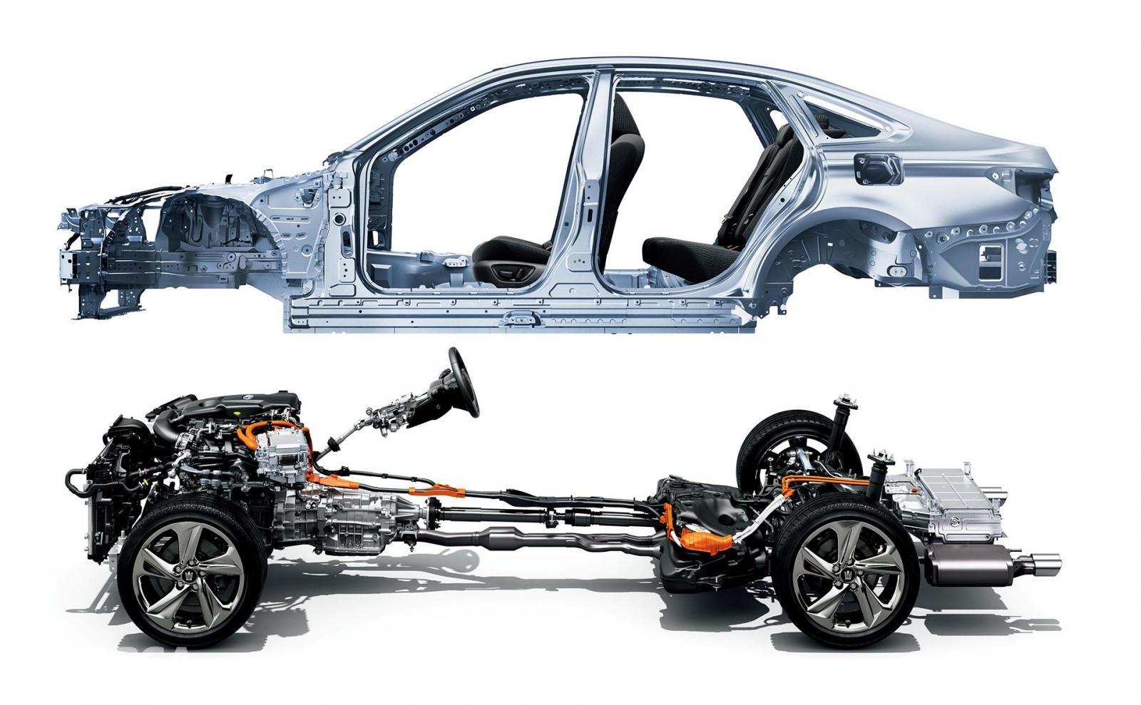 Fitur keselamatan Toyota Crown 2018 dilengkapi rangka bodi TNGA untuk memberi Handling lebih mumpuni