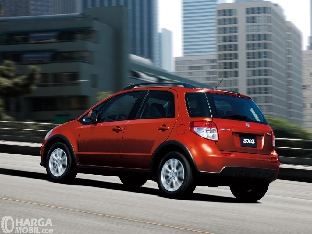 Review Suzuki Sx4 X Over 2007