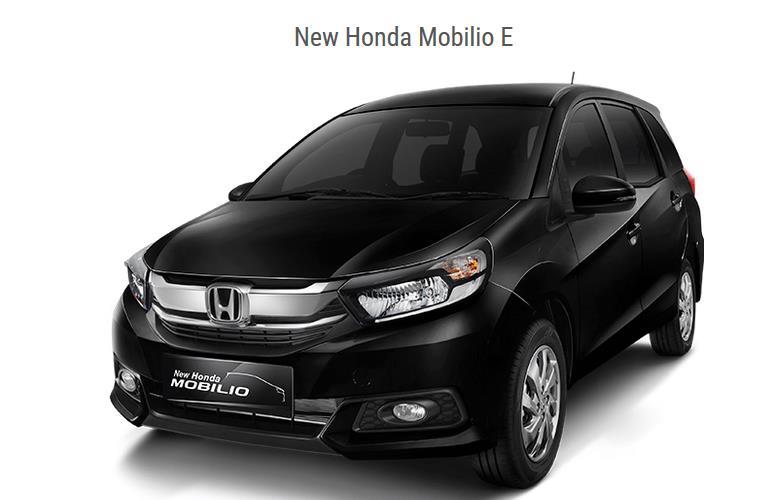 Gambar ini menunjukkan Honda Mobilio Tipe E warna hitam tampak depan