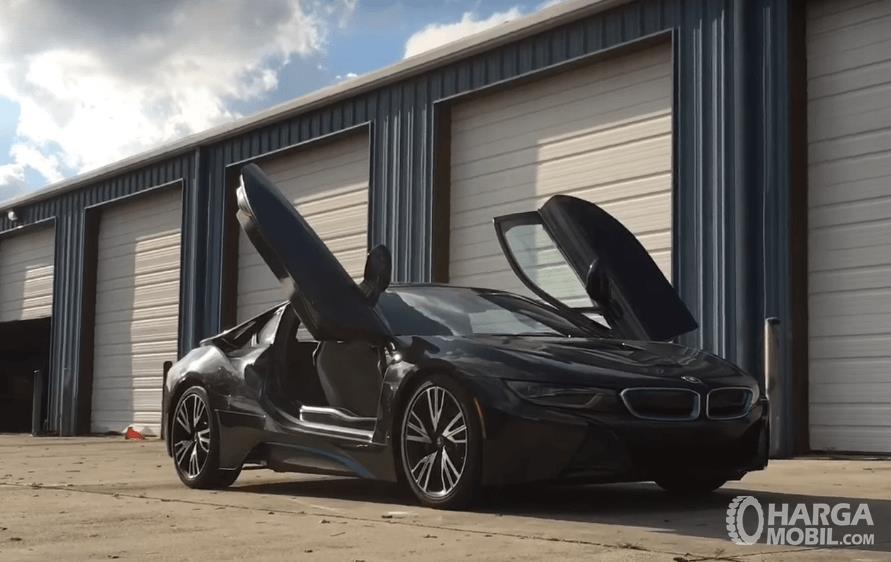 Review Bmw I8 2016 Mobil Mewah Nyaman Dengan Fitur Canggih
