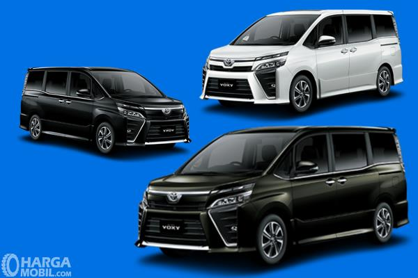 Gambar ini menunjukkan 3 pilihan warna pada mobil Toyota Voxy