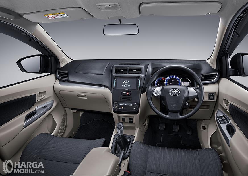 Foto kabin dan dashboard Toyota Avanza 2019