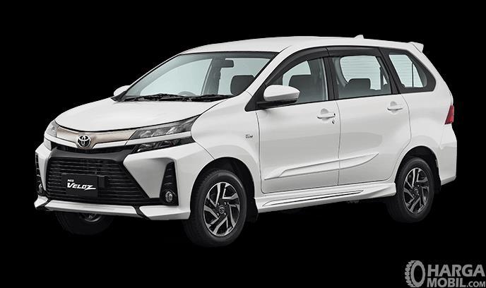 Gambar ini menunjukkan Toyota New Veloz 2019 warna White tampak bagian samping