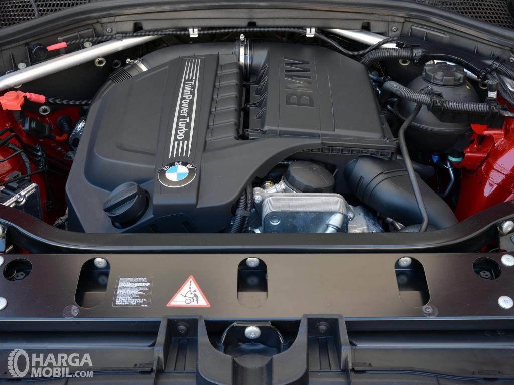 ,Mesin BMW X4 xDrive28i M Sport 2014 tampil sangat bertenaga untuk area perkotaan