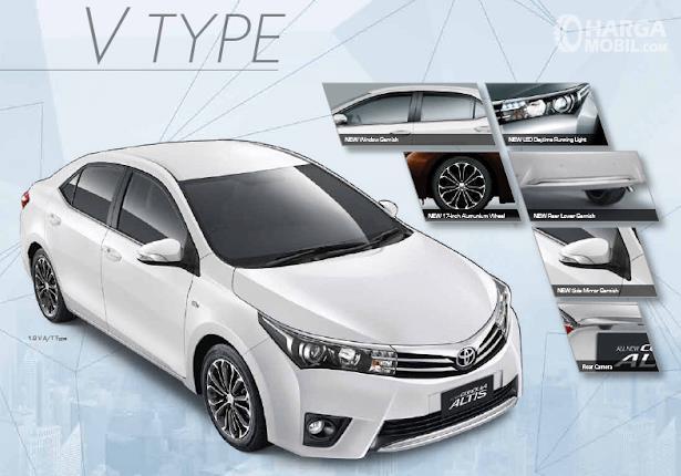 Gambar ini menunjukkan mobil Toyota Corolla Altis 1.8 V A/T tampak bagian depan