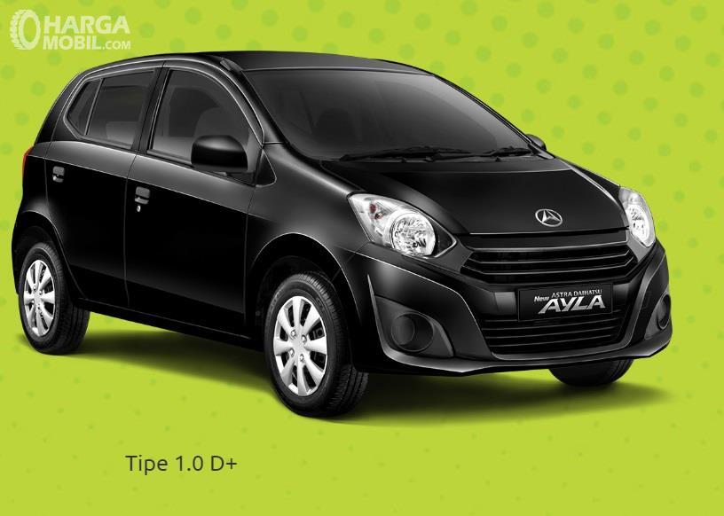 Daihatsu Ayla 1.0 D+ merupakan varian kedua paling terjangkau