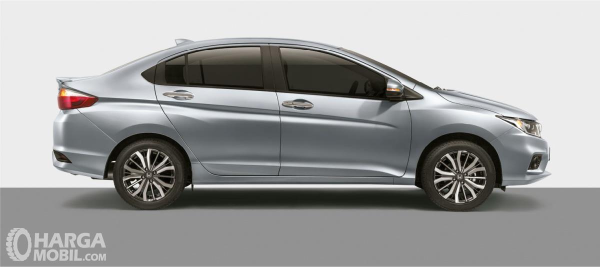 Foto New Honda City tampak samping