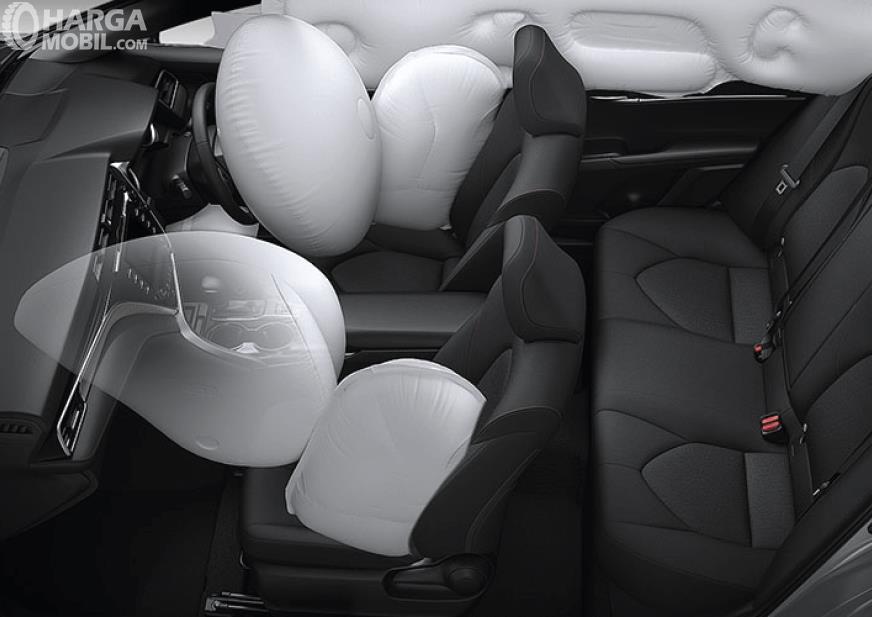 Foto airbag pada Toyota Camry 2019