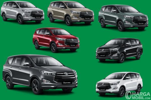 Gambar ini menunjukkan beberapa pilihan warna Toyota Venturer