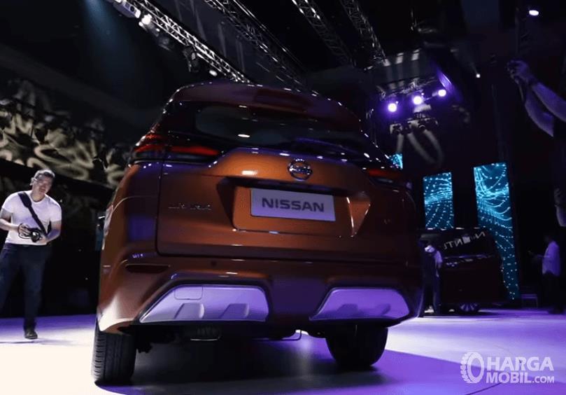 Gambar ini menunjukkan bagian belakang All New Nissan Livina 2019