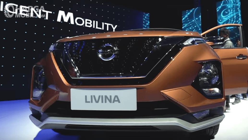 Gambar ini menunjukkan All New Nissan Livina 2019 tampak depan