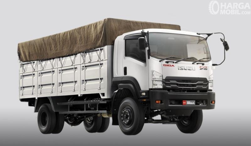 Isuzu Giga FVR 34 P 4x2 adalah salah satu model baru yang diperkenalkan di ajang GIICOMVEC 2018