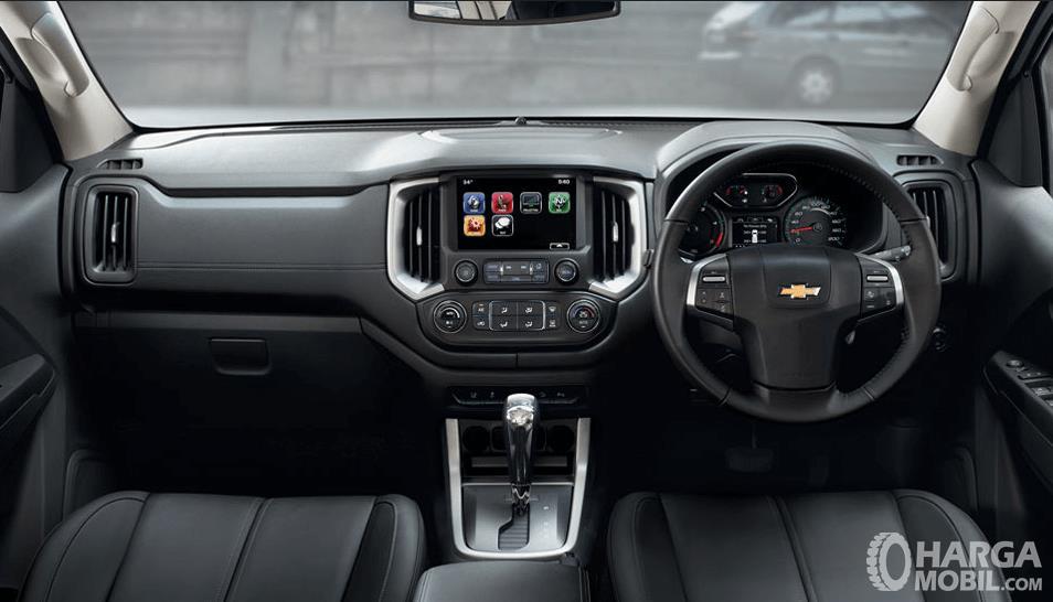 Gambar ini menunjukkan Interior Chevrolet Trailblazer