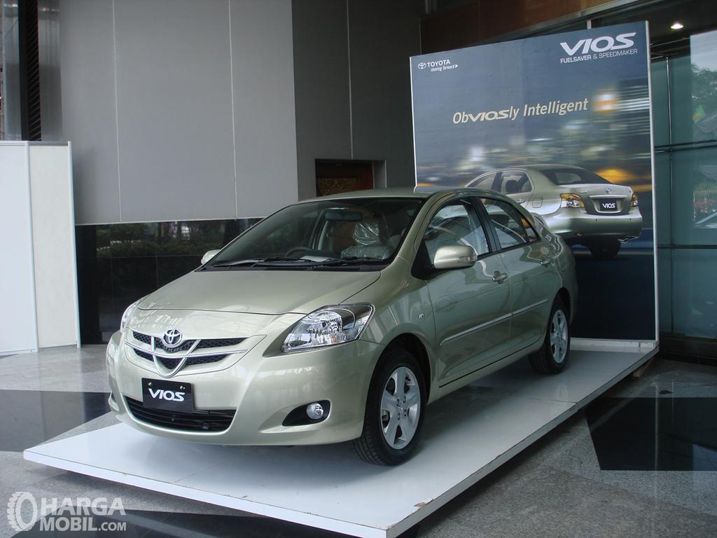 Foto Toyota Vios 2007 - generasi kedua Vios yang nampak lebih menarik