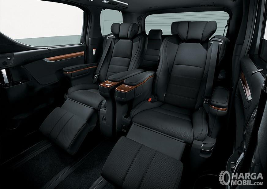 Foto Interior Toyota Alphard yang benar-benar super mewah