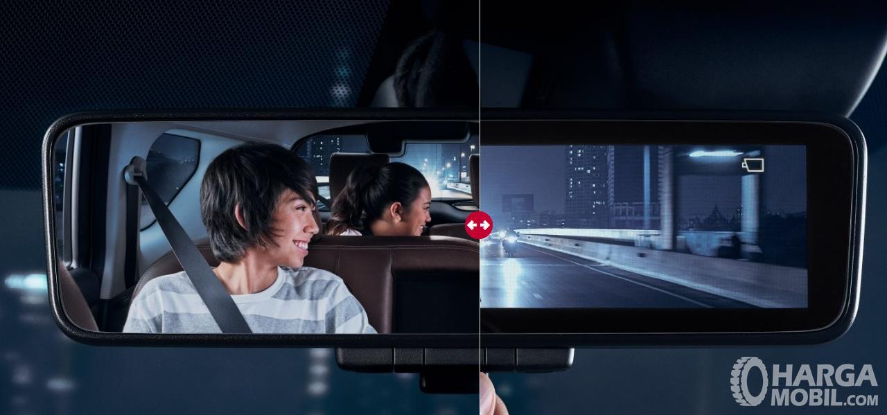 Nissan Terra Intelligent Rear View Mirror terbilang sangat canggih untuk saat ini dibanding kompetitor lainnya